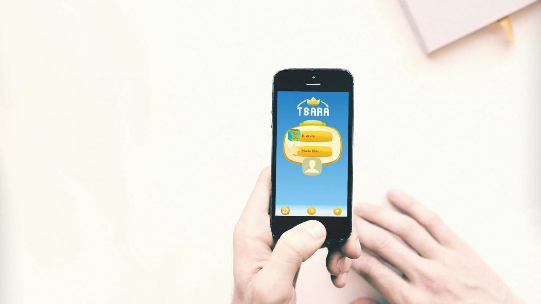 tsara-iphone-bureau-1800x1201-less